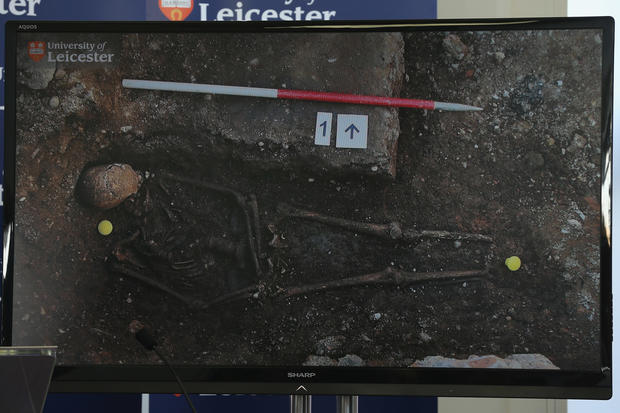 King Richard III skeleton found in parking lot