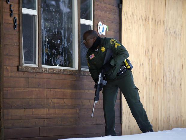 Manhunt for suspected LAPD cop killer