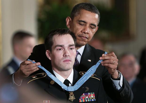 陆军英雄在白宫获奖