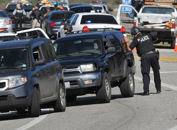Manhunt for suspected LAPD cop killer