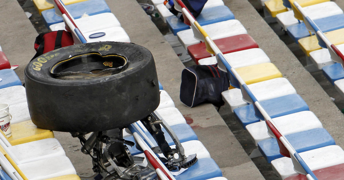 nascar to put fans right back in crash seats cbs news. Black Bedroom Furniture Sets. Home Design Ideas