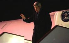 Kerry arrives in London