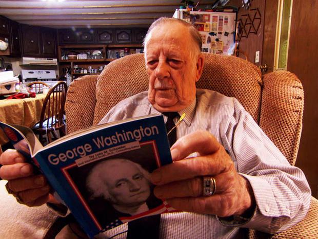 上个月,埃德布雷读了一本关于乔治华盛顿的书。