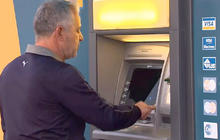Cyprus residents make dash to remove cash from banks