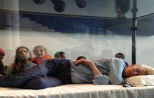 Overtired art? Tilda Swinton sleeps in NYC museum