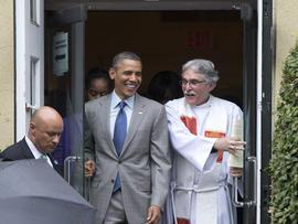 Barack Obama, Luis Leon