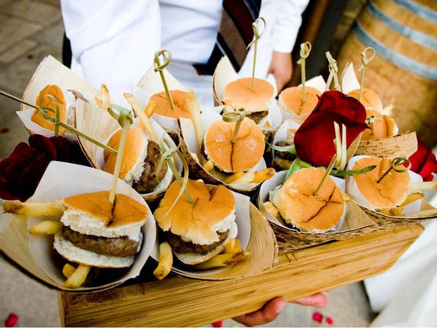 12 top wedding food trends