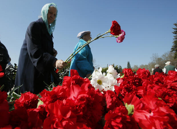 Soviet veterans celebrate Victory Day