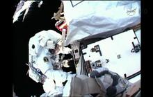 Daring space walk to fix space station leak