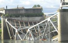 Washington state bridge collapses