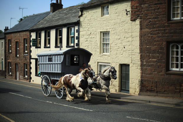 Thousands attend 328-year-old horse fair