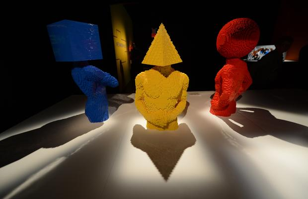 Exhibit elevates LEGOs to fine art