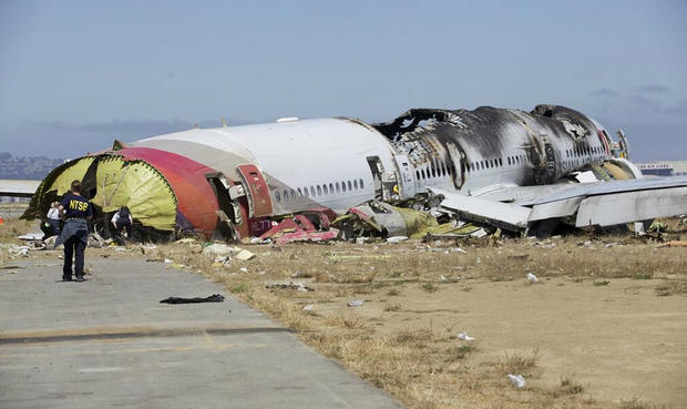 Photos of Asiana crash wreckage