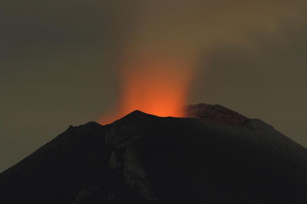 Mexican volcano erupts
