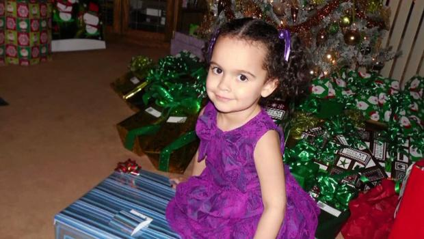 """Baby Veronica"""" handed over to adoptive parents, Cherokee Nation"""