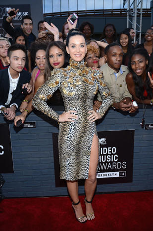 MTV Video Music Awards 2013 red carpet