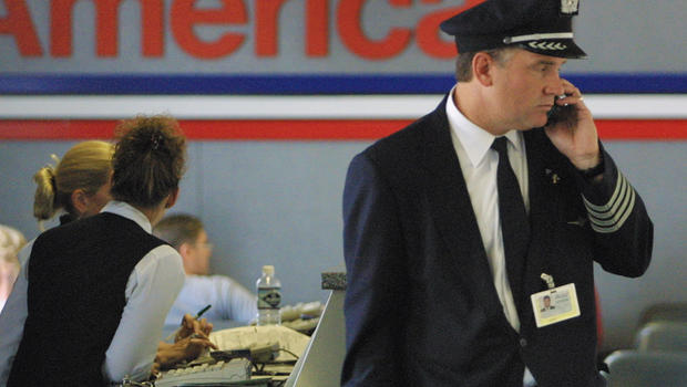 American Airlines Plans To Hire 1 500 Pilots Cbs News