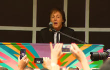 Paul McCartney surprises the Big Apple