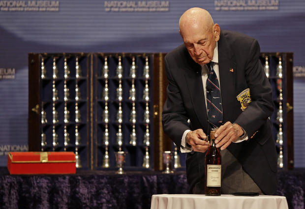 Doolittle Raiders' last toast