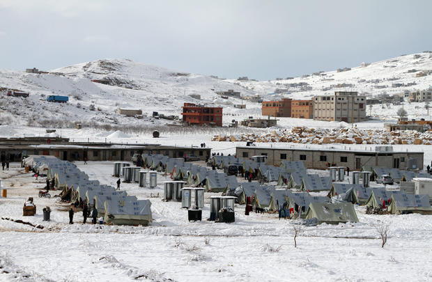 Syrian refugees face frigid weather