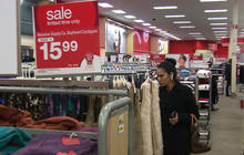 First holiday shopping report shows disappointing sales