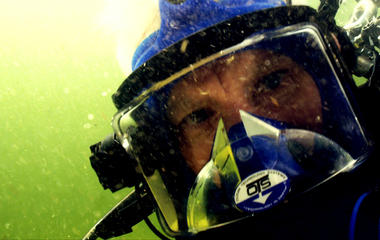 Anderson Cooper: Why I went diving with crocs