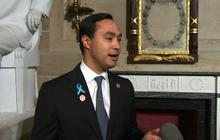 """Rep. Castro: Wendy Davis will be """"fine"""" amid biography questions"""