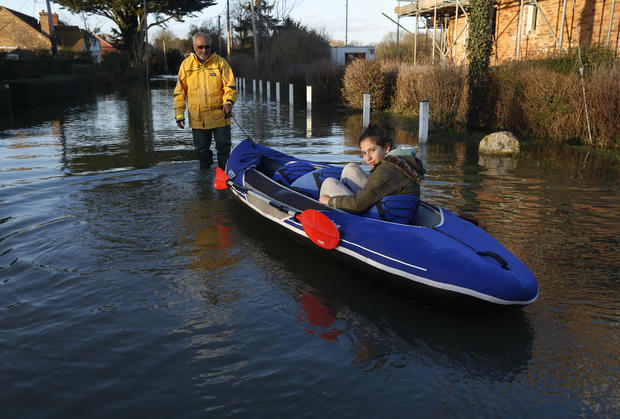 Floods continue to soak Britain