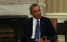 Obama urges diplomacy while examining punitive measures for Russia
