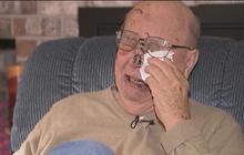 Washington man survives mudslide, loses wife