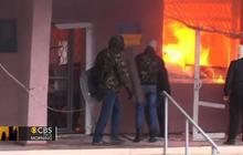 Ukraine standoff: Pro-Russian separatists seize more gov't buildings