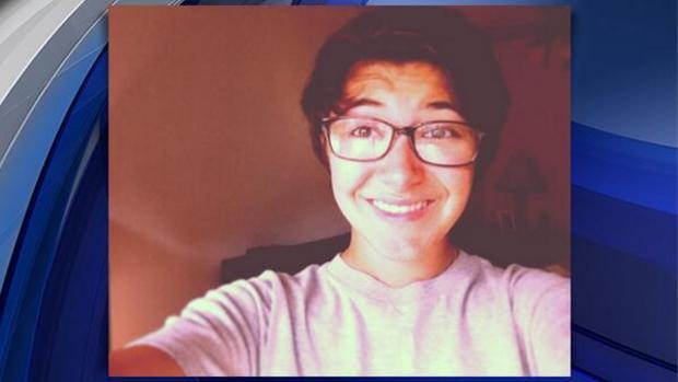 十六岁的马伦·桑切斯在康涅狄格州米尔福德的乔纳森·劳高中遭到致命刺伤。