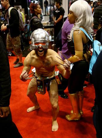 Comic fans converge at Chicago's C2E2