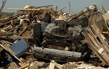 Massive twister devastates Arkansas town