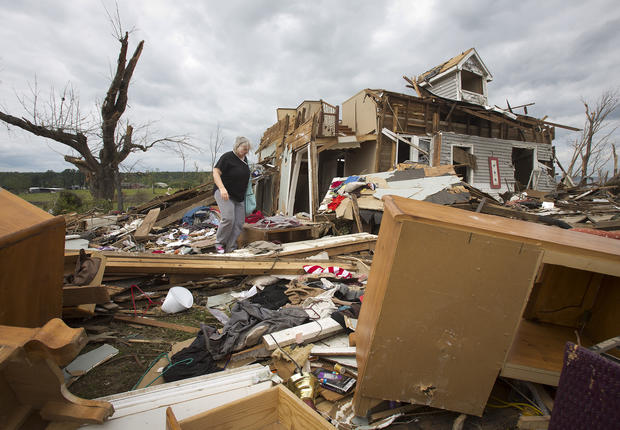 Tornadoes rip Midwest and South