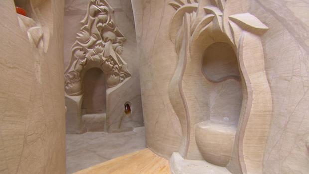 Ra Paulette's caves