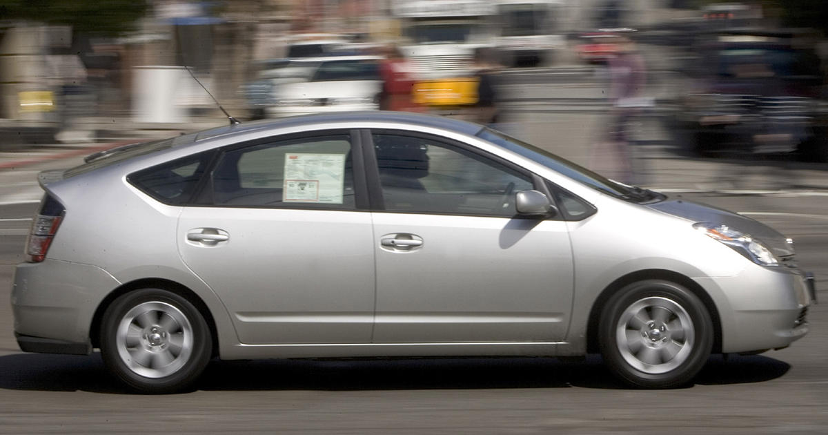 Which Hybrid Car Gets The Best Gas Mileage