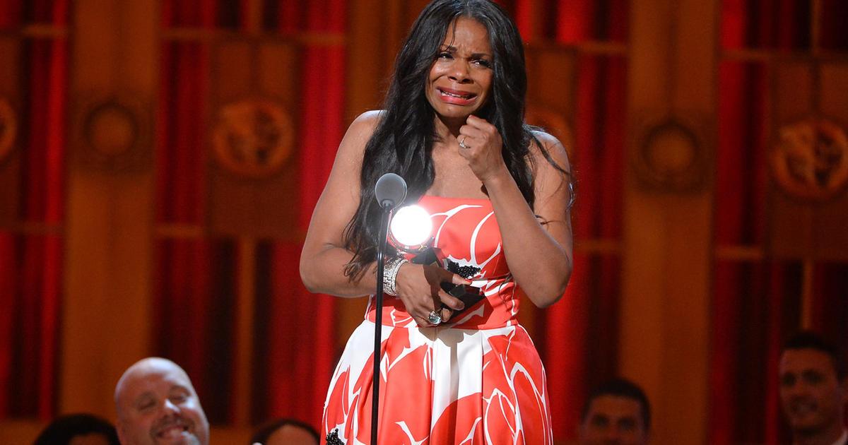 Audra McDonald makes Tony Awards history - CBS News