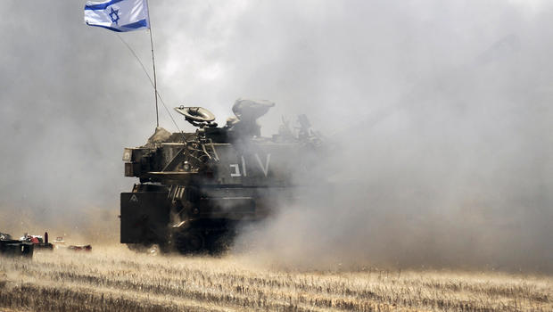 israeli-tank-gaza-bombardment-453063450.jpg
