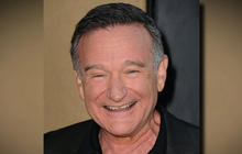 Celebrities and fans pay tribute to Robin Williams