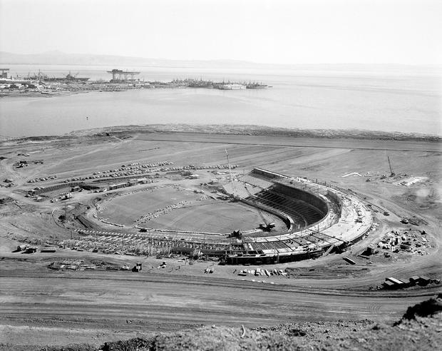 烛台公园被认为是1959年3月4日为旧金山巨人建造的。