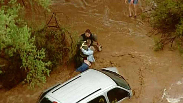 Flooding sweeps through Phoenix