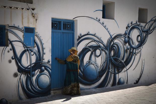Street murals bloom in Tunisia