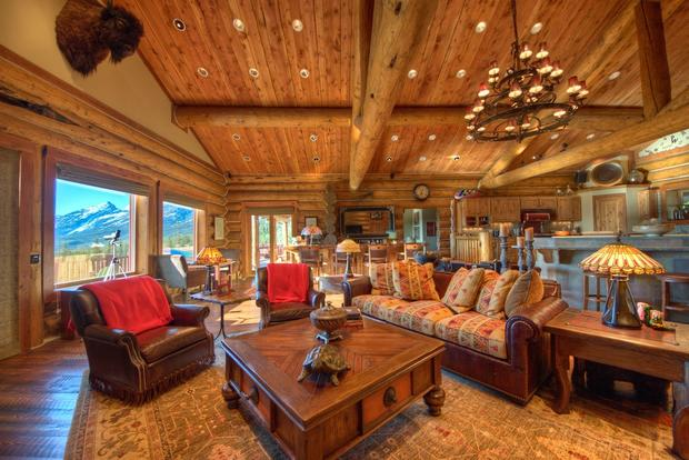 10 Luxurious Log Cabins On The Market Cbs News