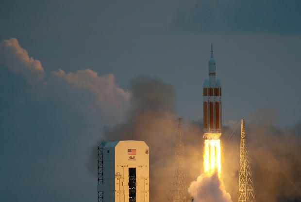 NASA launches unmanned Orion spacecraft