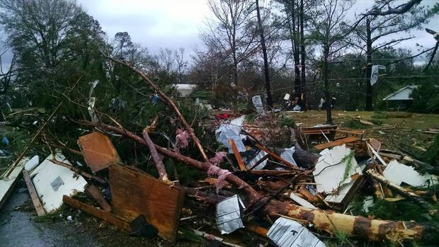 Tornadoes hits Louisiana, Mississippi