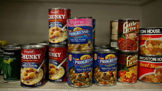 principal let students hurl canned food to fight off