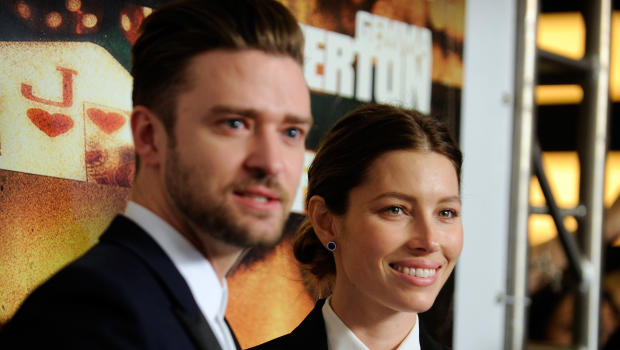 Justin Timberlake and Jessica Biel get cosy with Hillary Clinton at fundraiser