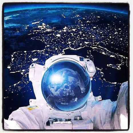 Astronaut Samantha Cristoforetti - Astronauts take the ...