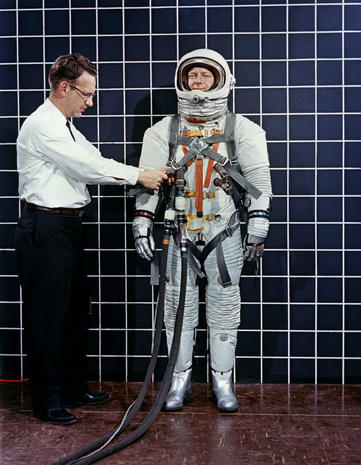 1959 - Project Mercury - A complete history of space suits ...